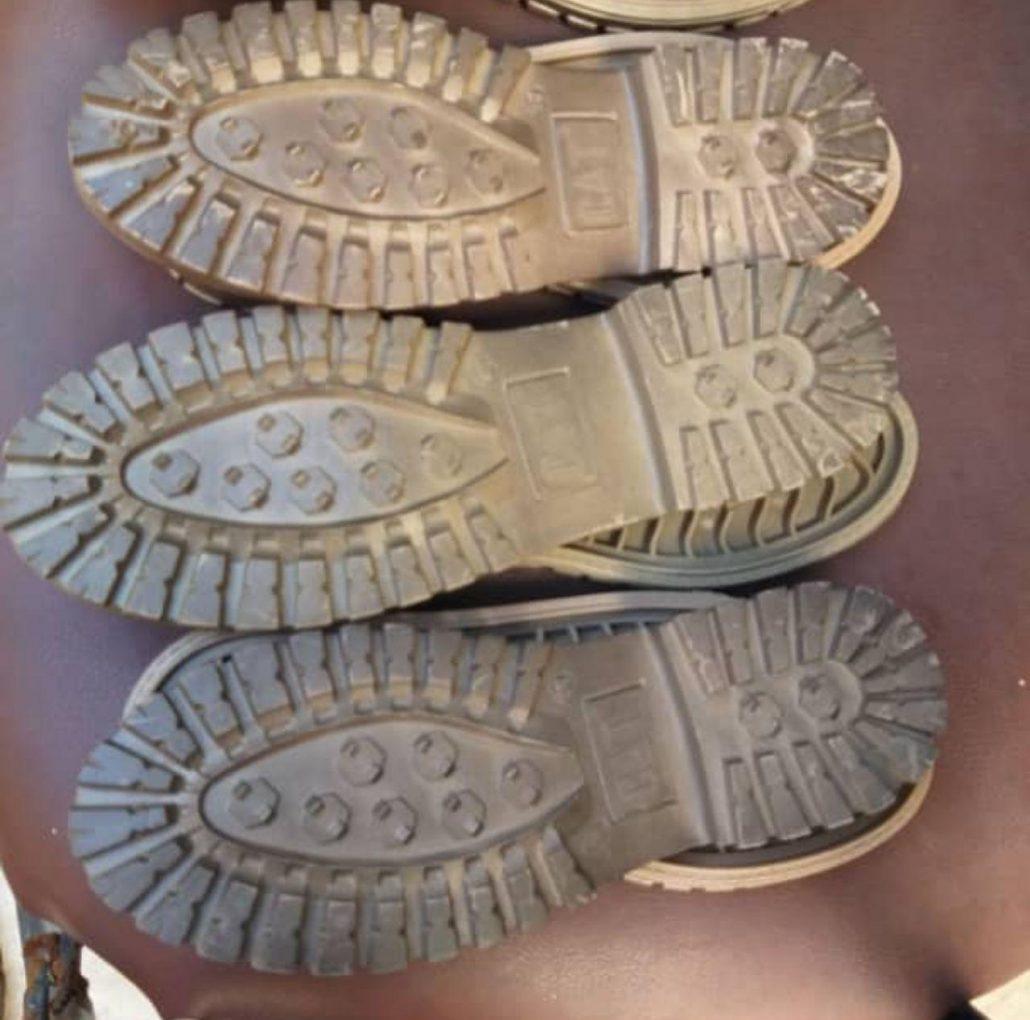 مواد مورد استفاده در زیره کفش قسمت سوم 1